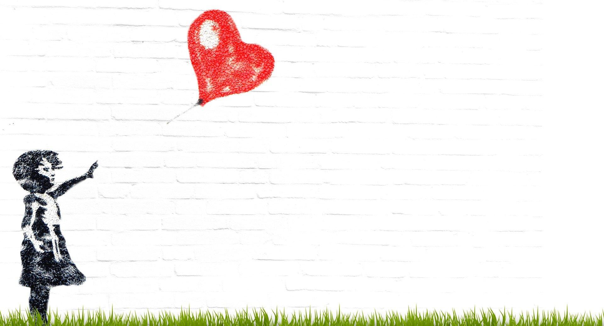Girl Heart Graffiti